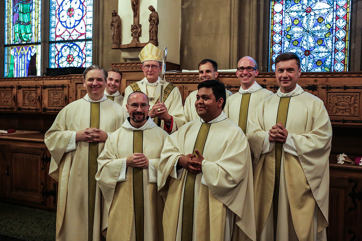 Siebenfaches Zeugnis Der Christusnachfolge Priesterweihe 2019 Im Kolner Dom Erzbistum Koln